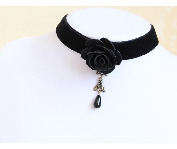 black_rose_pearl_pendant_velvet_strip_necklace_necklaces_4.jpg