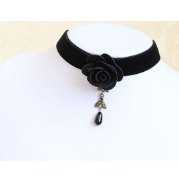 Black Rose Pearl Pendant Velvet Strip Necklace