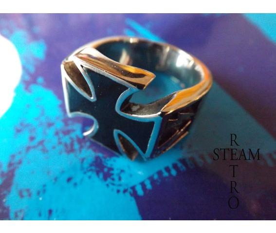 gothic_iron_cross_biker_ring_gothic_steamretro_rings_6.jpg
