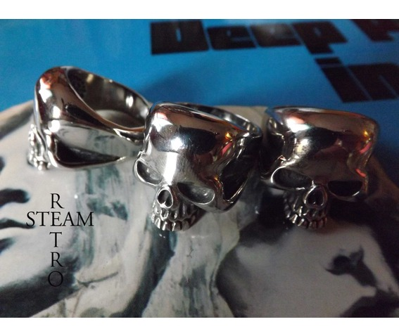 gothic_skull_biker_ring_gothic_steamretro_rings_6.jpg