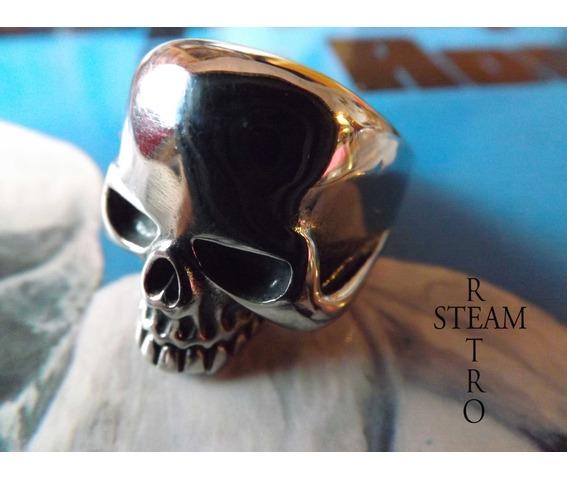 gothic_skull_biker_ring_gothic_steamretro_rings_5.jpg