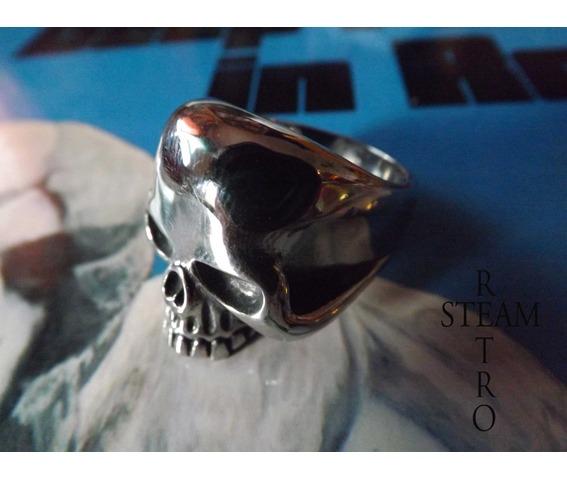 gothic_skull_biker_ring_gothic_steamretro_rings_4.jpg