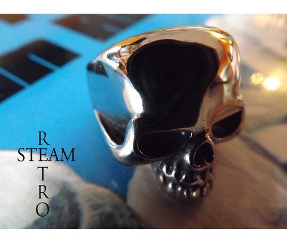 gothic_skull_biker_ring_gothic_steamretro_rings_3.jpg