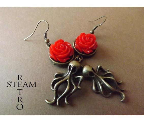 nautilus_nightmare_steampunk_earrings_red_earrings_3.jpg