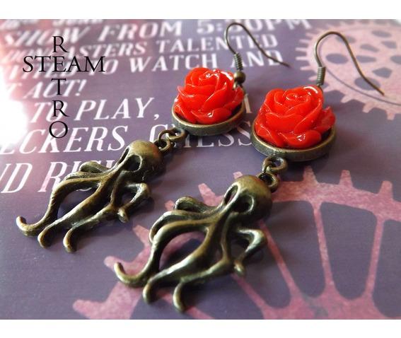 nautilus_nightmare_steampunk_earrings_red_earrings_2.jpg