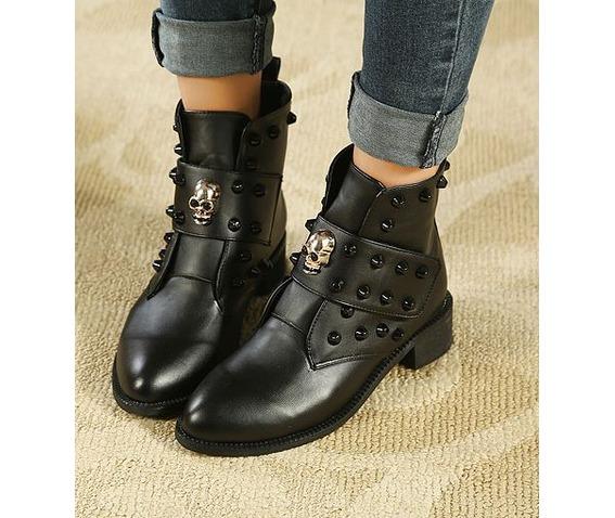 skull_head_strap_rivets_low_heel_boots_platform_boots_5.JPG