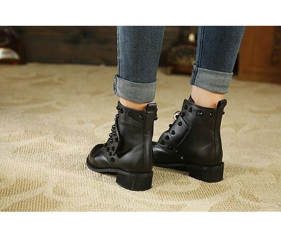 skull_head_strap_rivets_low_heel_boots_platform_boots_2.JPG