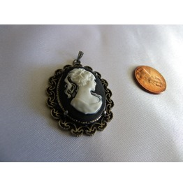 White Lady Cameo Black W/ Pewter Pendant