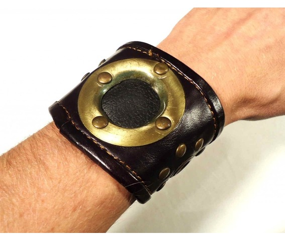 steampunk_cuff_wristband_leather_brass_bracelets_and_wristbands_5.JPG