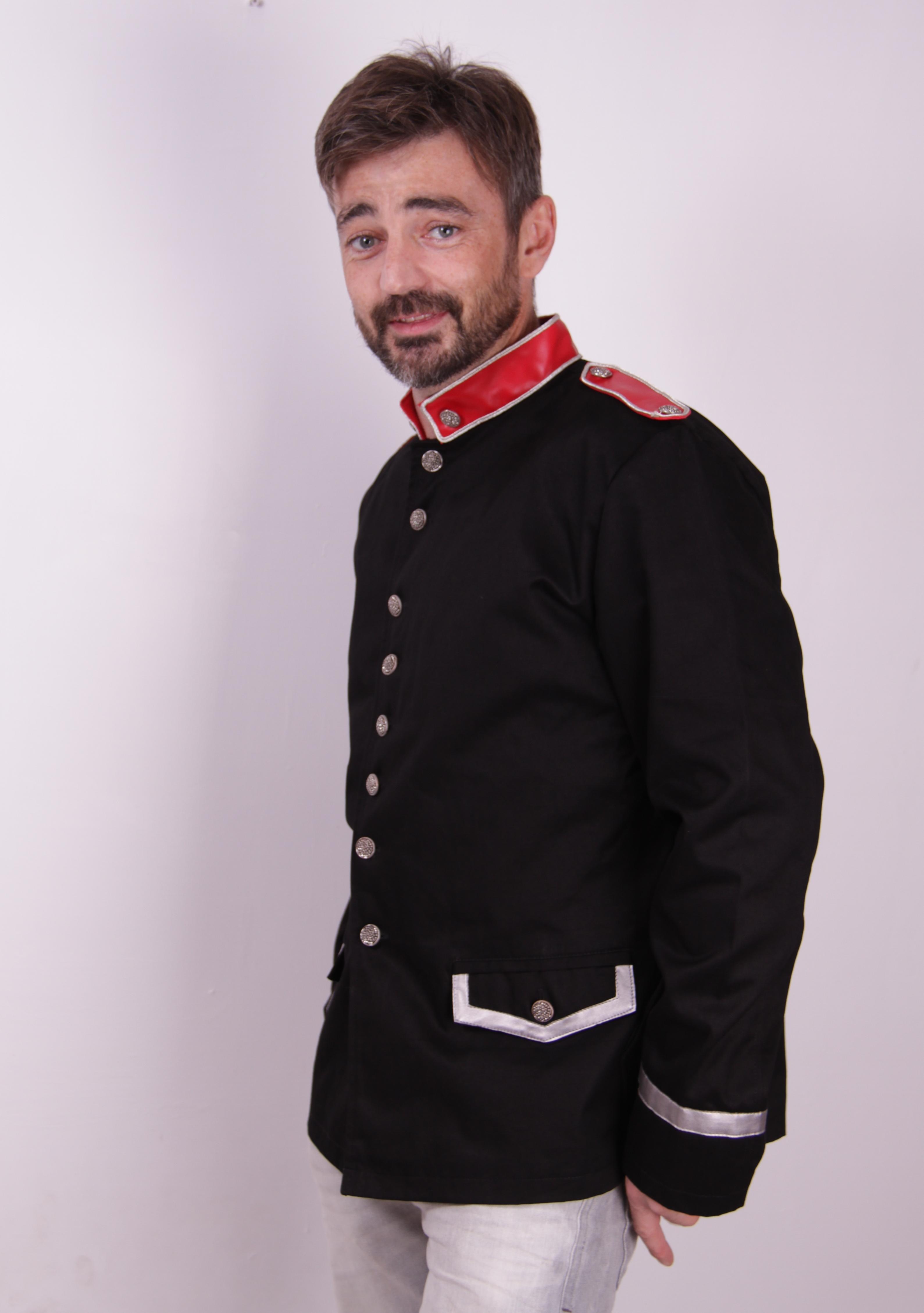 malik_guardsman_style_jacket_lady_ks_black_jackets_and_outerwear_4.JPG