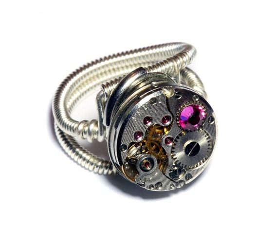 steampunk_ring_antique_watch_movement_fuchsia_crystal_rings_3.jpg
