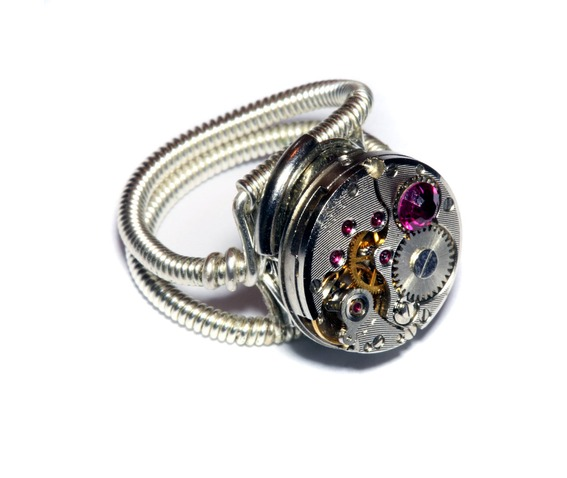 steampunk_ring_antique_watch_movement_fuchsia_crystal_rings_2.jpg