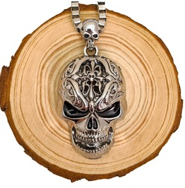 Large Stainless Steel Silver Skull Pendant On Chain Link Necklace