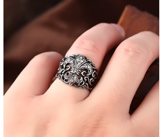 crow_heart_cross_ring_rings_6.jpg