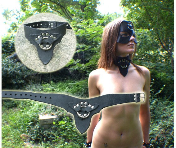 leather_collar_bat_ring_necklaces_2.jpg
