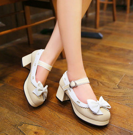 Butterfly Knot Ruffled Border Buckle Strap Square Heel