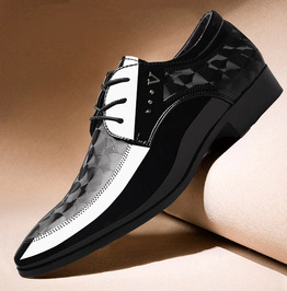 Lace-up Breathable Studded Oxfords Leather Shoes
