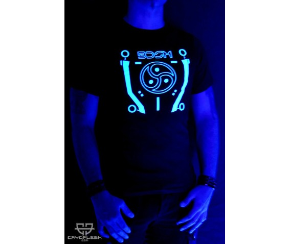 cryoflesh_tron_bdsm_gothic_cyber_industrial_shirt_male_tees_2.jpg