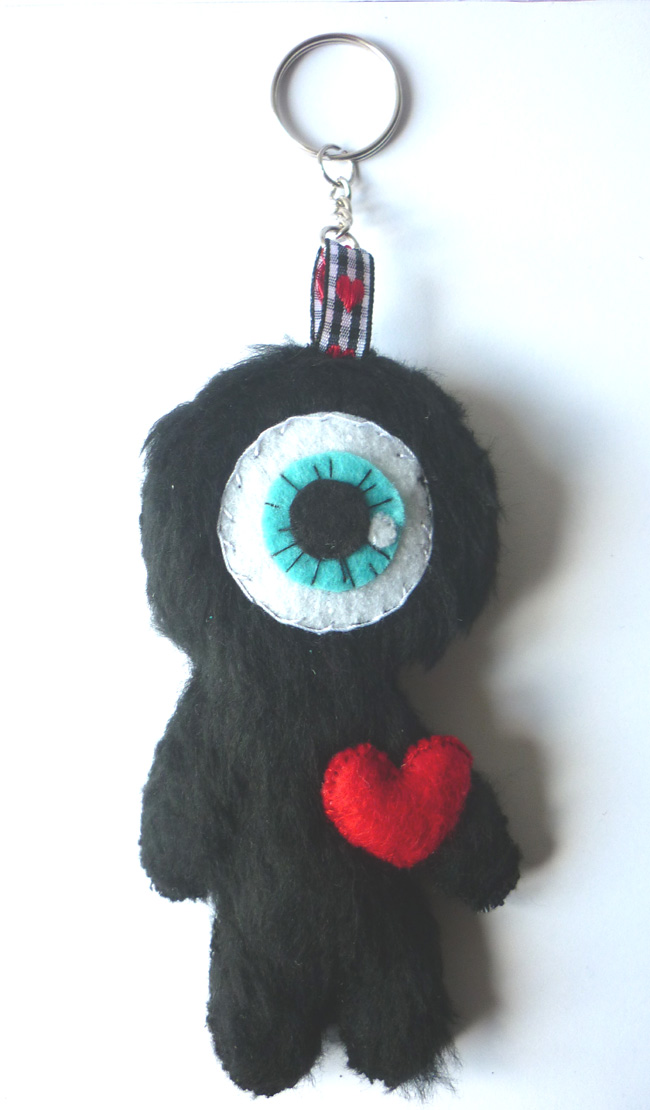 little_cyclops_in_love_felt_toy_keychain_doll_toys_5.JPG