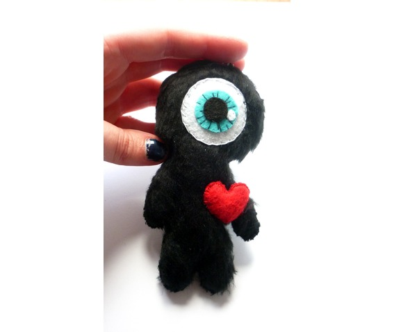 little_cyclops_in_love_felt_toy_keychain_doll_toys_3.JPG