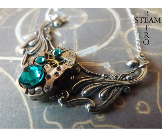 clockwork_pendant_and_emerald_swarovski_crystals_necklaces_6.jpg