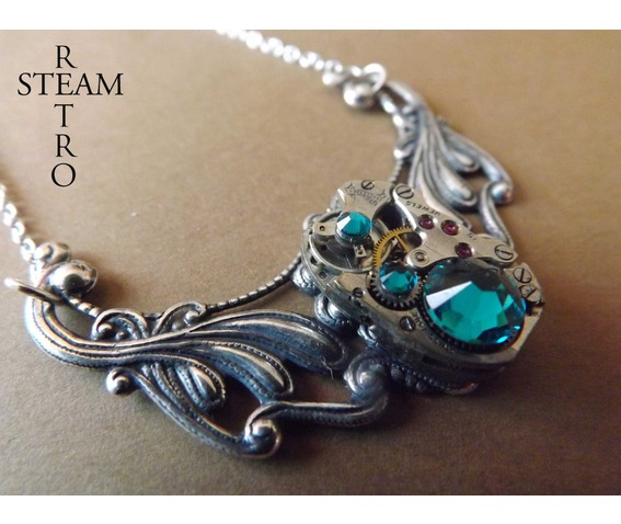 clockwork_pendant_and_emerald_swarovski_crystals_necklaces_5.jpg
