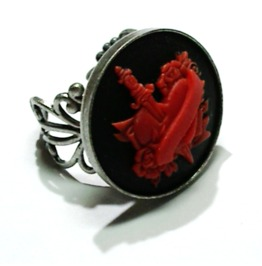 Tattoo Heart Dagger Cameo Ring