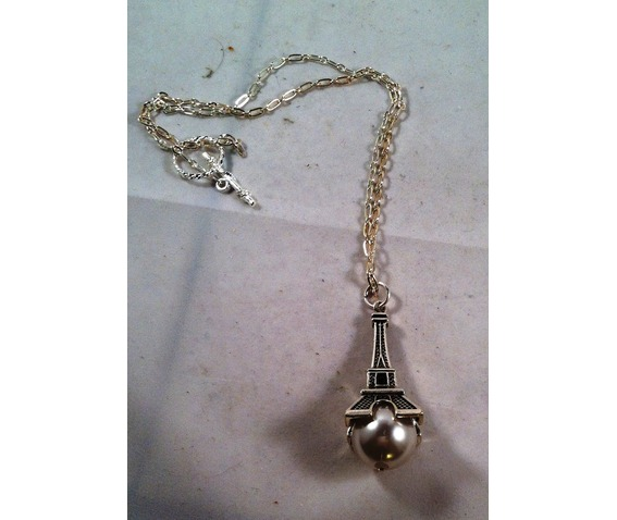 eiffell_tower_necklace_necklaces_2.jpg