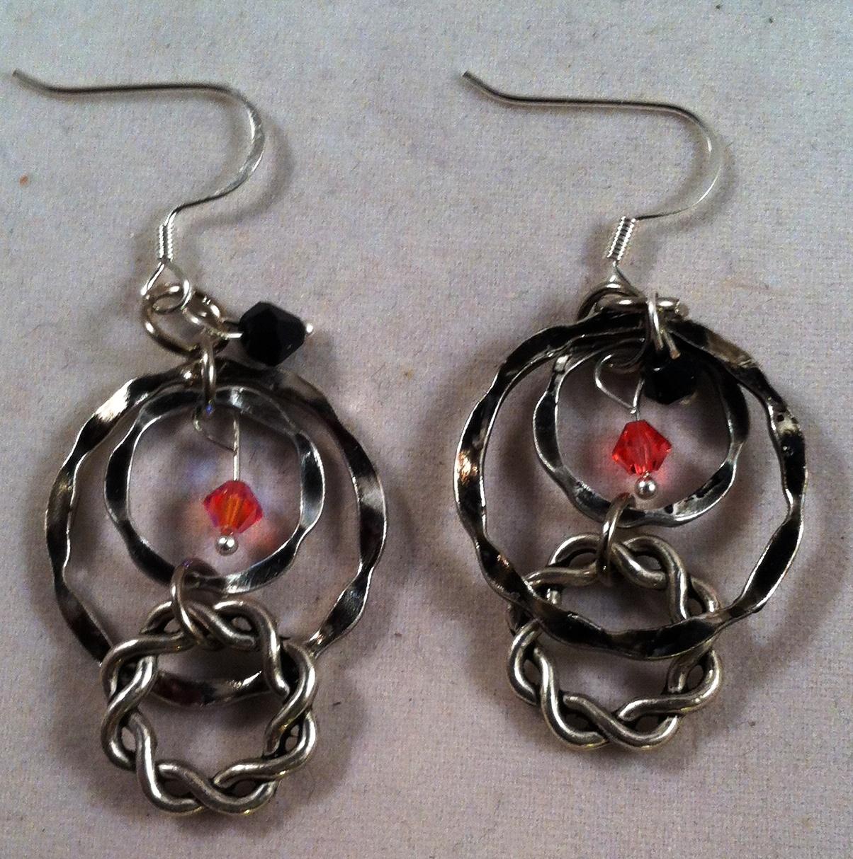 hammered_silver_loops_earrings_2.jpg