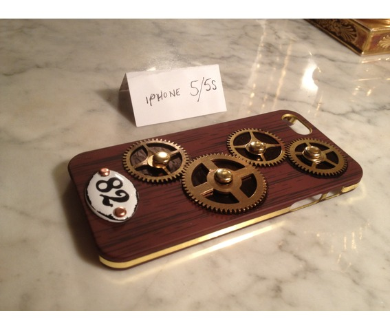 i_gearz_steampunk_case_cover_apple_i_phone_5_s_gears_spin_phone_cases_4.jpg