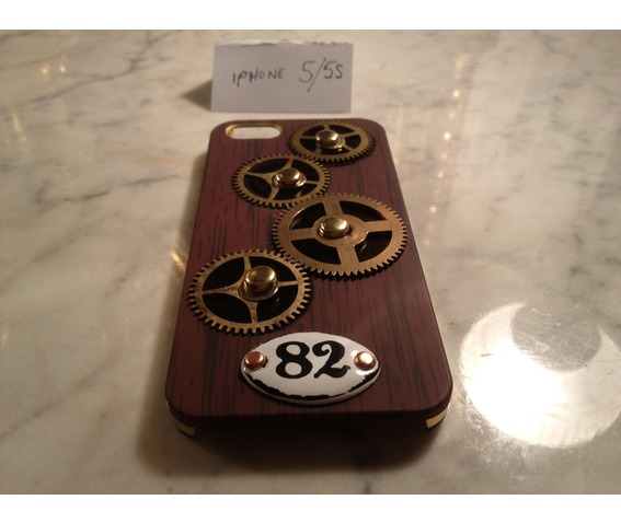 i_gearz_steampunk_case_cover_apple_i_phone_5_s_gears_spin_phone_cases_2.jpg