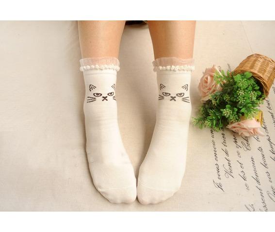 lace_trim_cat_socks_white_socks_4.jpg