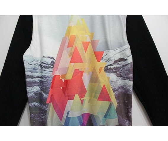 colorful_triangle_print_fashion_round_collar_sweater_cardigans_and_sweaters_3.jpg
