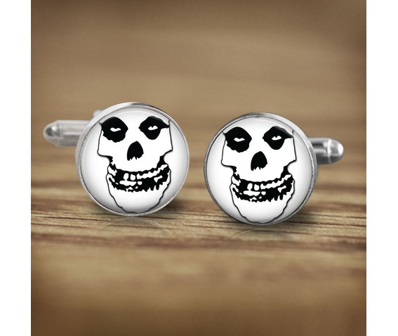 misfits_white_skull_logo_2_cuff_links_men_weddings_cufflinks_5.jpg