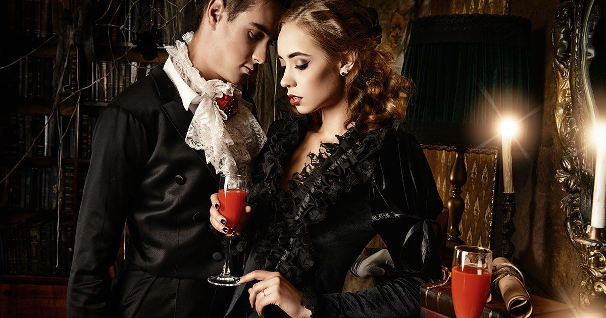 10 ways to have a gothic valentines day