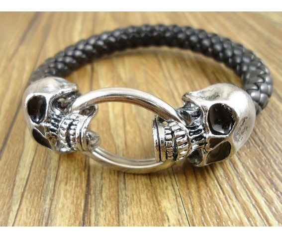 vintage_double_skull_heads_biting_ring_bangle_bracelets_and_wristbands_2.JPG