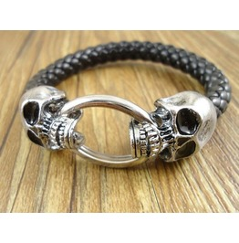 Vintage Double Skull Heads Biting Ring Bangle