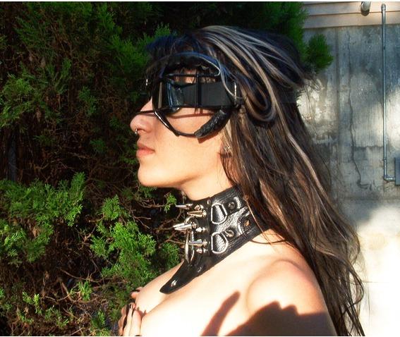 leather_collar_uber_spike_posturesque_v_ring_necklaces_3.jpg