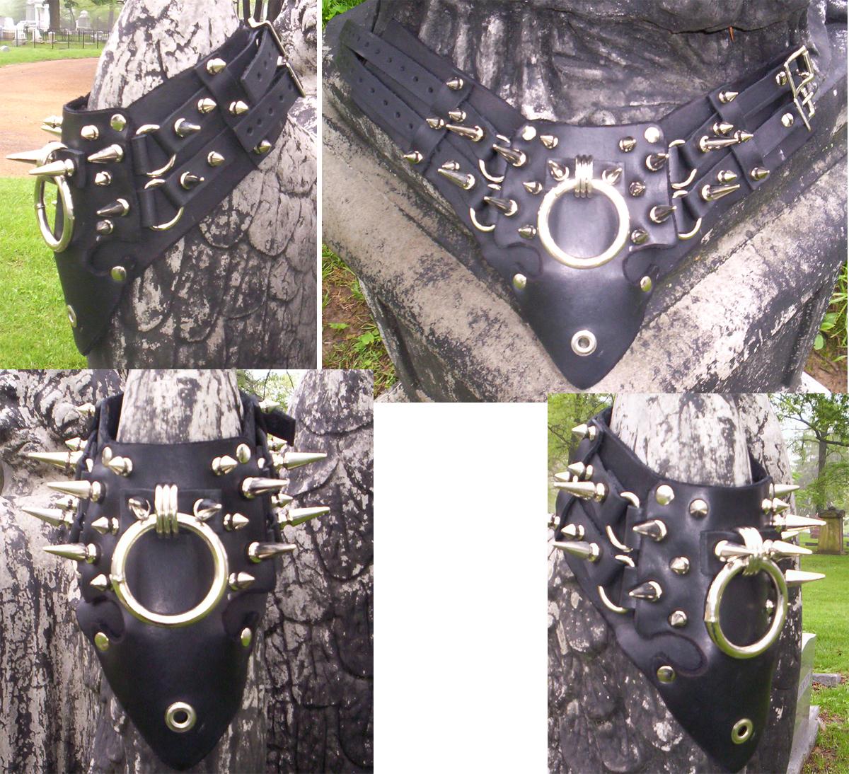 leather_collar_uber_spike_posturesque_v_ring_necklaces_2.jpg