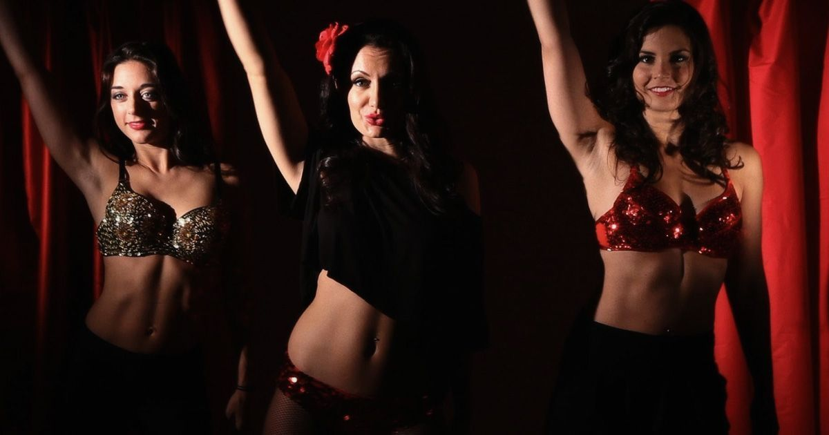Six Reasons Every Woman Should Try Burlesque Dance At Least Once