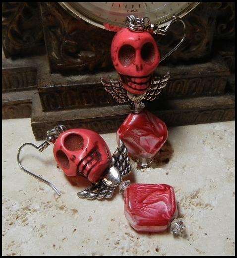 ooak_red_silver_colored_angel_skull_earrings_earrings_3.JPG