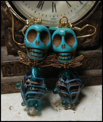 ooak_turquoise_glass_fish_body_skull_earrings_earrings_2.JPG