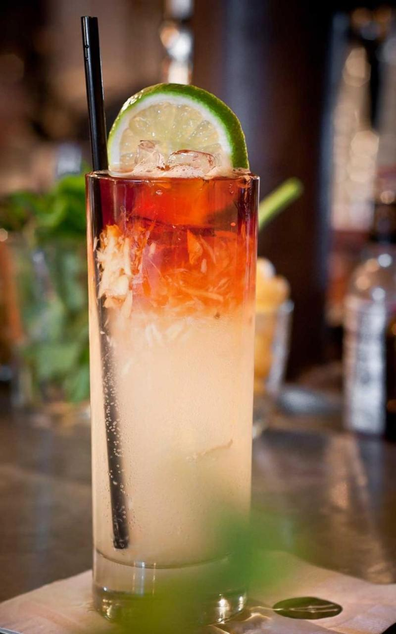 The Great Gatsby Inspired Drinks: Dark n Stormy