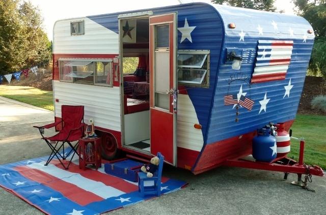 Patriotic Camping