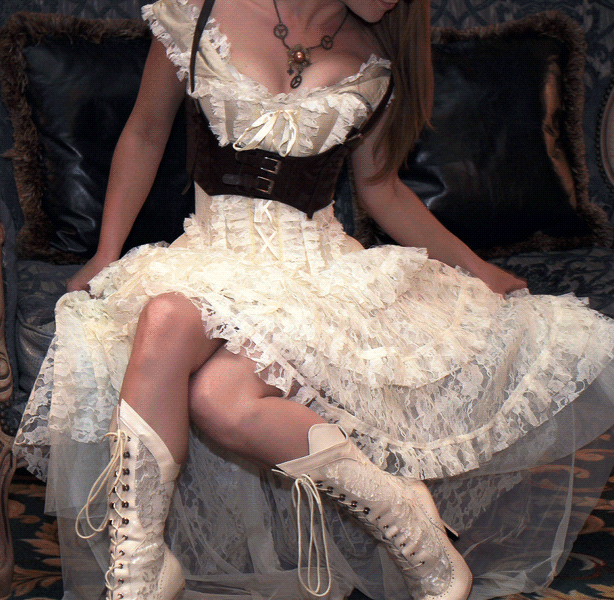 Don't believe these 5 corset myths