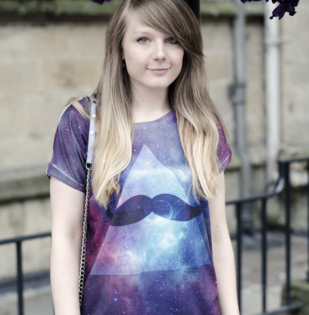 Embrace galaxy print fashion with 3D graphic tees.