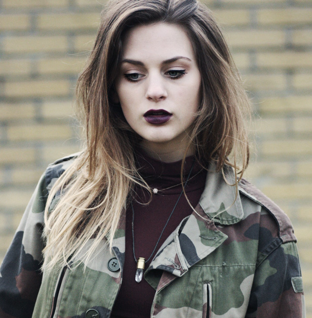 How to wear black lipstick - Tip - Ombre with other shades!
