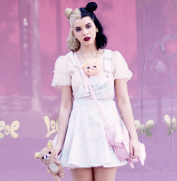 Melanie Martinez And Her Pastel Goth Fashion