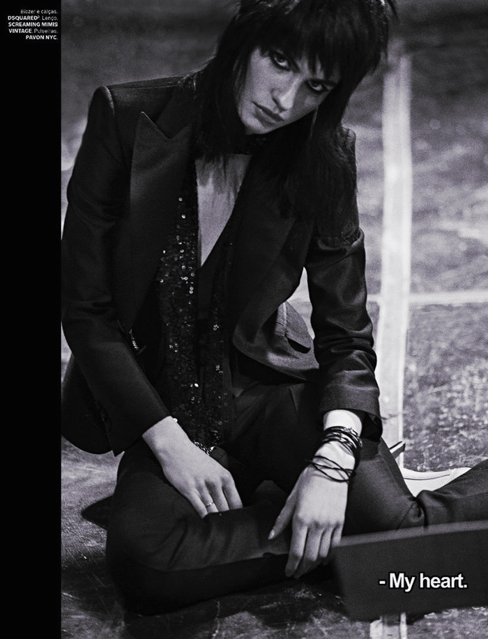 Tali Lennox rocking the androgynous look with a pant suit and Joan Jett style
