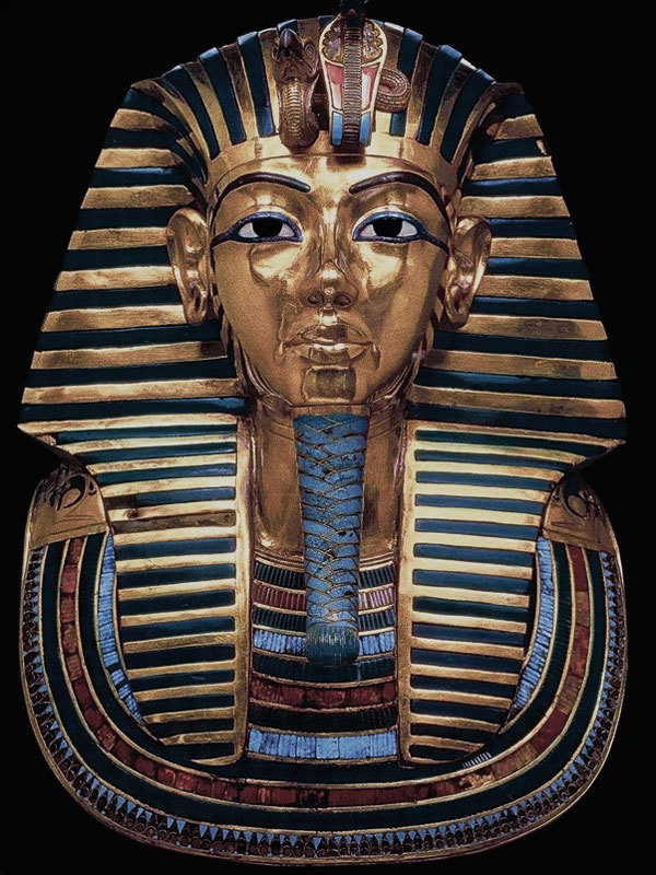 A Visual History of Cat Eye Makeup: King tut's death mask